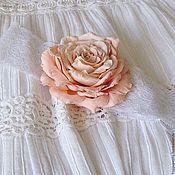 Украшения ручной работы. Ярмарка Мастеров - ручная работа Повязка на голову с персиковой розой. Handmade.