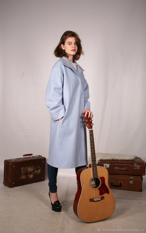 Пальто свободное ,демисезонное.