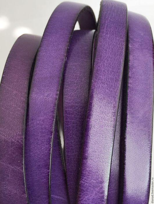 Для украшений ручной работы. Ярмарка Мастеров - ручная работа. Купить Кожаный шнур 10х2мм фиолетовый. Handmade. Плоский шнур