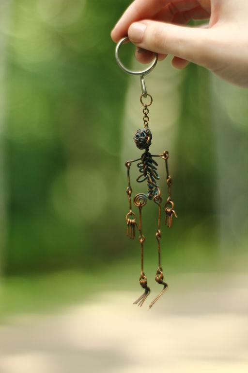 Брелоки ручной работы. Ярмарка Мастеров - ручная работа. Купить скелетик Себастьян. Handmade. Коричневый, медь патинированная, handmade, металл