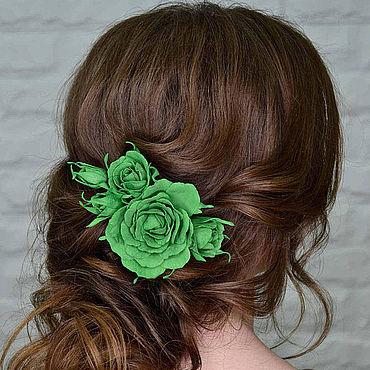 Свадебный салон ручной работы. Ярмарка Мастеров - ручная работа Цветочное украшение для прически из фоамирана, зеленые розы. Handmade.