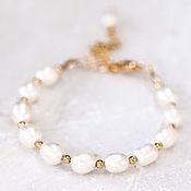 Свадебный салон ручной работы. Ярмарка Мастеров - ручная работа 626_Белый жемчужный браслет, нежный позолоченный браслет для невесты.. Handmade.