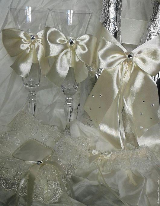 Свадебные аксессуары ручной работы. Ярмарка Мастеров - ручная работа. Купить Свадебные бокалы. Handmade. Белый, бокалы для свадьбы