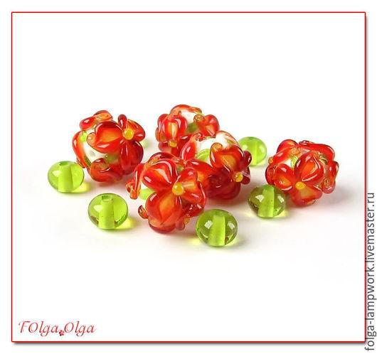 Для украшений ручной работы. Ярмарка Мастеров - ручная работа. Купить цветы красные с зеленым (бусины лэмпворк). Handmade. Бусины