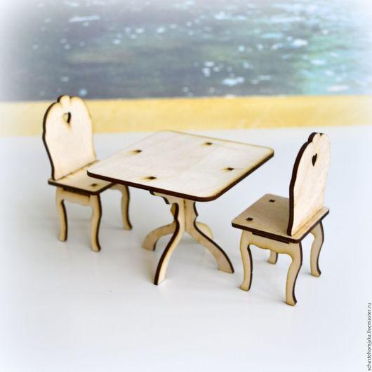 Кукольный дом ручной работы. Ярмарка Мастеров - ручная работа. Купить Стол и 2 стула с сердечками для кукольного домика. Handmade.