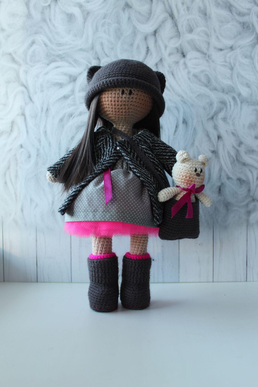 вязаная кукла с одеждой ручной работы купить в интернет магазине