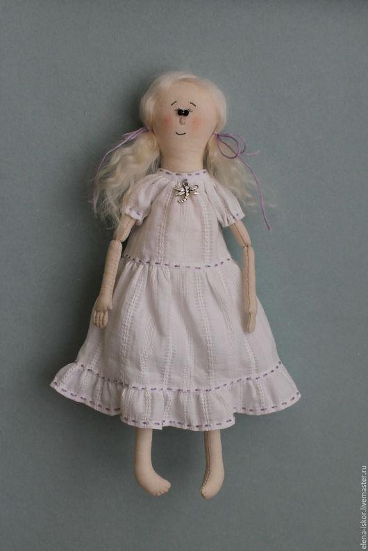 Коллекционные куклы ручной работы. Ярмарка Мастеров - ручная работа. Купить Текстильная кукла Девочка со стрекозой.. Handmade. Белый