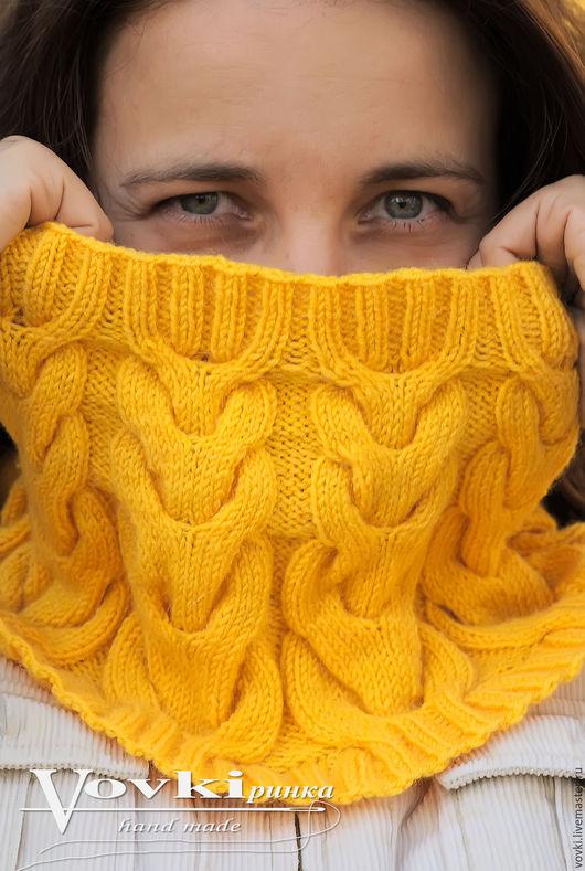 Шарфы и шарфики ручной работы. Ярмарка Мастеров - ручная работа. Купить Снуд вязанный, косами, из полушерсти, желтый. Handmade. Желтый