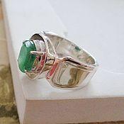 Украшения handmade. Livemaster - original item Men`s ring made of 925 silver with an emerald. Handmade.