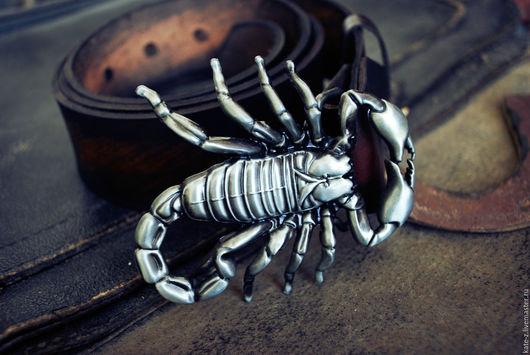 Пояса, ремни ручной работы. Ярмарка Мастеров - ручная работа. Купить Ремень из натуральной кожи Скорпион. Handmade. Коричневый