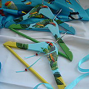 Для дома и интерьера ручной работы. Ярмарка Мастеров - ручная работа Вешалка для одежды детская  Туканчики. Handmade.
