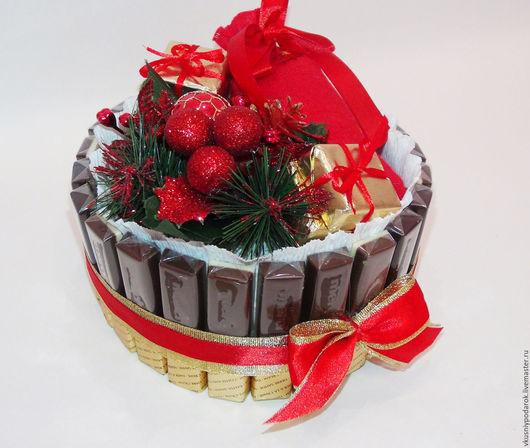 """Новый год 2017 ручной работы. Ярмарка Мастеров - ручная работа. Купить Торт из шоколада Мерси """"Красный"""" подарок на Новый год. Handmade."""