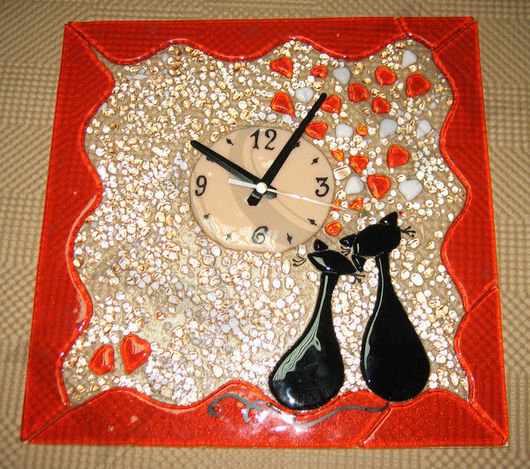 """Часы для дома ручной работы. Ярмарка Мастеров - ручная работа. Купить Часы """"Влюбленные кошки"""" фьюзинг. Handmade. Кошки"""