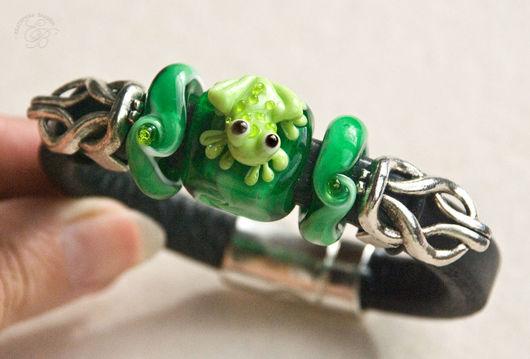 """Браслеты ручной работы. Ярмарка Мастеров - ручная работа. Купить """"Лягушка"""": браслет Regaliz. Handmade. Регализ, ярко-зелёный"""
