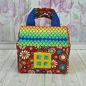 Кукольные домики ручной работы. Ярмарка Мастеров - ручная работа Домик-сумочка раскладной с постелькой в цветочек. Handmade.