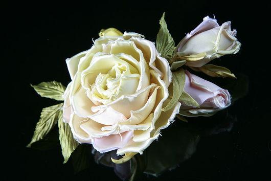 Свадебные украшения ручной работы. Ярмарка Мастеров - ручная работа. Купить Роза с бутонами. Handmade. Розы, заколка с розами