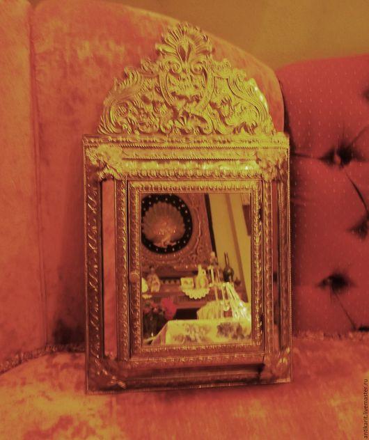Зеркала ручной работы. Ярмарка Мастеров - ручная работа. Купить Винтажное зеркало и хранилище одёжных щёток . Голландия. Handmade. Золотой