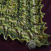 Аксессуары ручной работы. Ярмарка Мастеров - ручная работа Шаль вязаная спицами ажурная мягкая пушистая оттенки зеленого. Handmade.