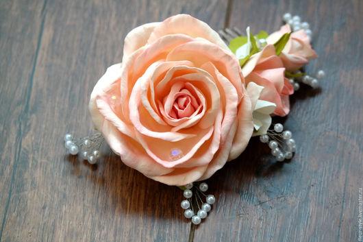 """Заколки ручной работы. Ярмарка Мастеров - ручная работа. Купить Гребень в прическу """"Нежность"""". Handmade. Бежевый, розы, гортензия, фоамиран"""
