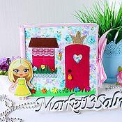 Куклы и игрушки handmade. Livemaster - original item Book-doll house made of felt, 72 removable parts. Handmade.