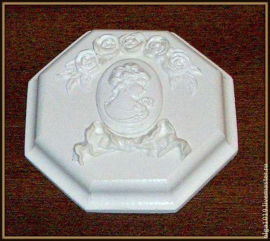 Элемент декора Камея.