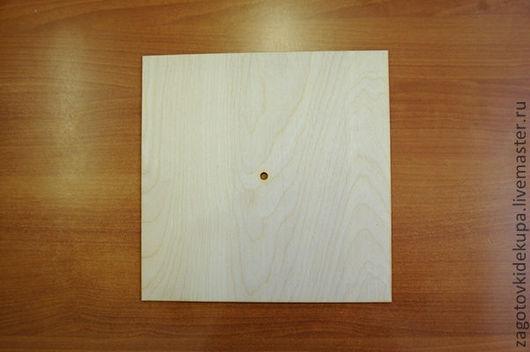 Часы квадратные Размер: 30х30 см Материал: фанера 3 мм