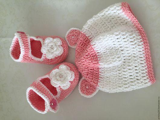 Для новорожденных, ручной работы. Ярмарка Мастеров - ручная работа. Купить Комплект пинетки и шапочка для вашей крохи). Handmade.