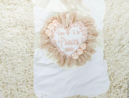 """Для новорожденных, ручной работы. Ярмарка Мастеров - ручная работа. Купить Лента для одеяла на выписку """"Сердце"""". Handmade. Бежевый"""
