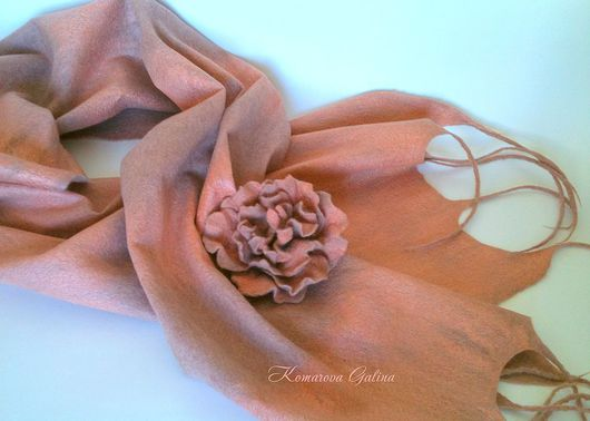 Shawls & Stoles handmade. Livemaster - handmade. Buy tippet 'Peach juice'+ brooch.Tippet, tippet of wool