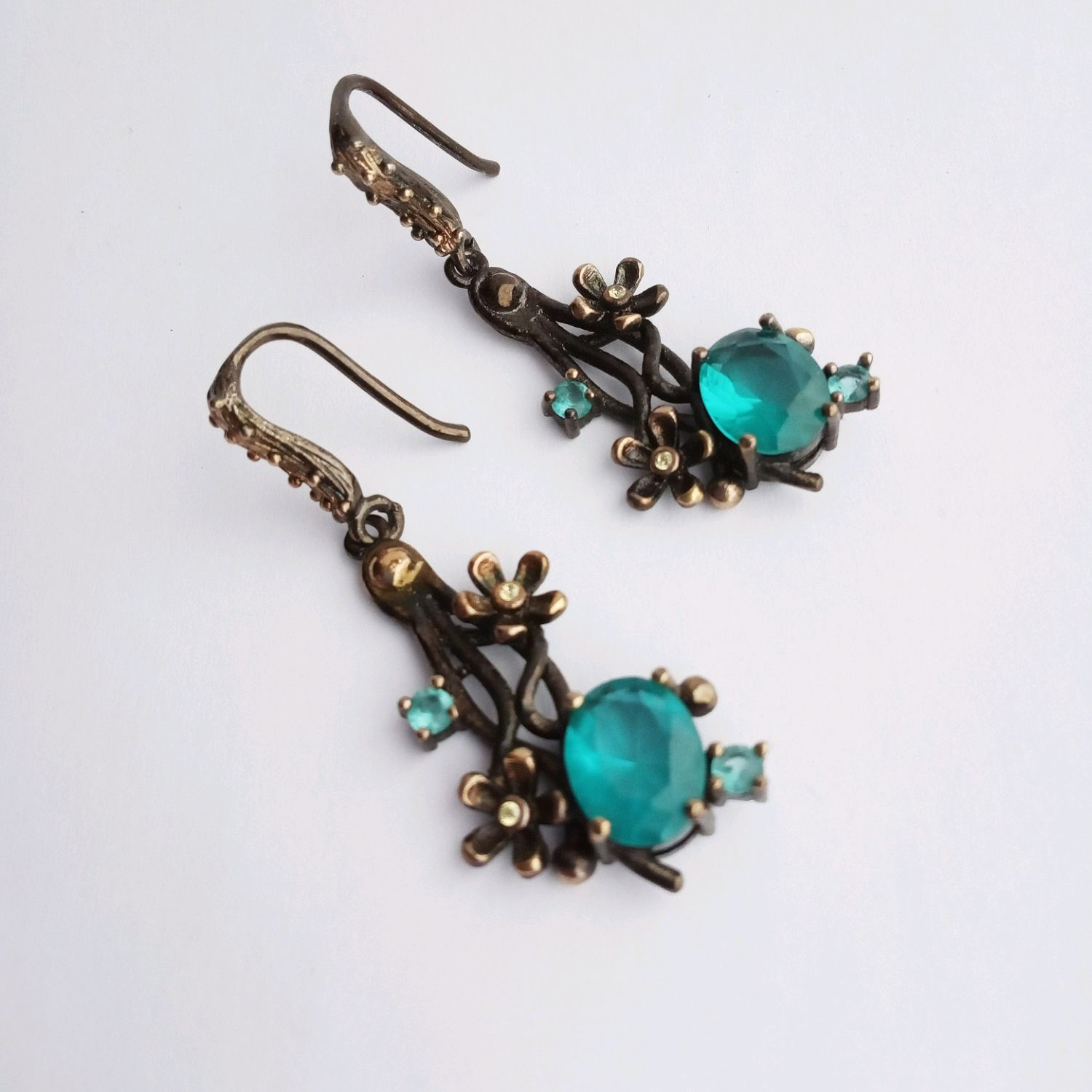 Silver earrings with aquamarines and flowers, turquoise, Earrings, Kaluga,  Фото №1