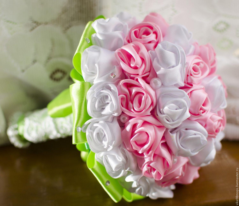 Букеты из атласных цветов