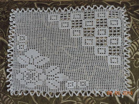 Текстиль, ковры ручной работы. Ярмарка Мастеров - ручная работа. Купить Вязаная салфетка с розами и квадратами. Handmade. Белый