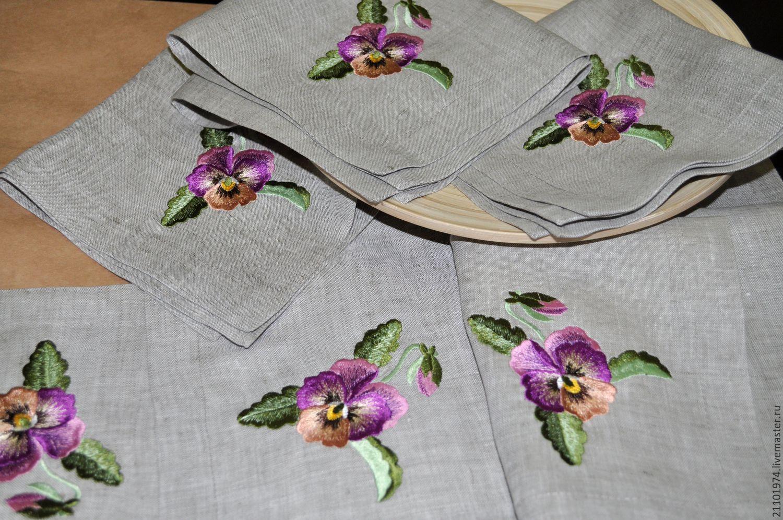 Салфетки на стол с вышивкой