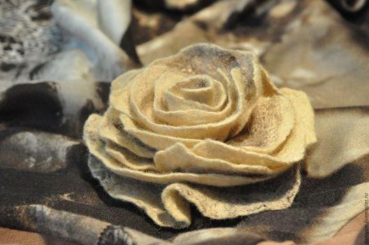 Броши ручной работы. Ярмарка Мастеров - ручная работа. Купить Брошь-роза из войлока. Handmade. Аксессуары, роза, шерстяная брошь