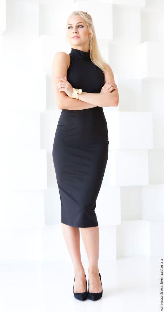 Платье черное футляр из джерси, платье с воротником без рукавов