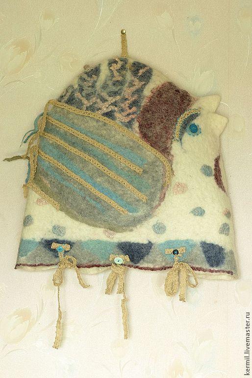"""Текстиль, ковры ручной работы. Ярмарка Мастеров - ручная работа. Купить Подушка валяная """"Ко-ко"""" с кружевами, вышивкой, пуговками, на завязках.. Handmade."""