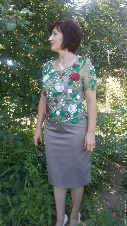 """Блузки ручной работы. Ярмарка Мастеров - ручная работа. Купить Блуза женская """" Магия Роз"""". Handmade. Комбинированный, розы"""