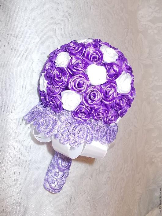 Свадебные цветы ручной работы. Ярмарка Мастеров - ручная работа. Купить Букет роз из атласных лент. Handmade. Сиреневый