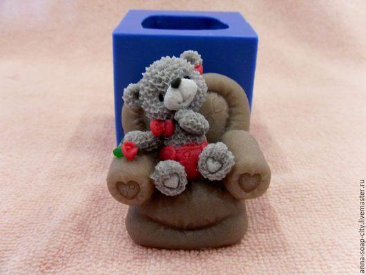 """Другие виды рукоделия ручной работы. Ярмарка Мастеров - ручная работа. Купить Силиконовая форма для мыла """"Мишка в кресле"""". Handmade."""