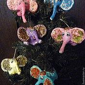 Подарки к праздникам ручной работы. Ярмарка Мастеров - ручная работа Веселые слоники. Елочные игрушки из папье-маше. Handmade.