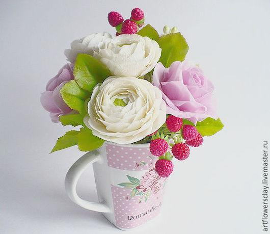 Букеты ручной работы. Ярмарка Мастеров - ручная работа. Купить Букет с альстромерией и ранункулюсами ( полимерная глина). Handmade. Розовый