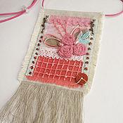 """Украшения ручной работы. Ярмарка Мастеров - ручная работа """"Цветущий сад"""" бохо кулон из ткани подвеска розовый мятный цветы. Handmade."""