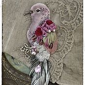 Украшения handmade. Livemaster - original item Brooch made of velvet Bird, embroidery with ribbons.. Handmade.