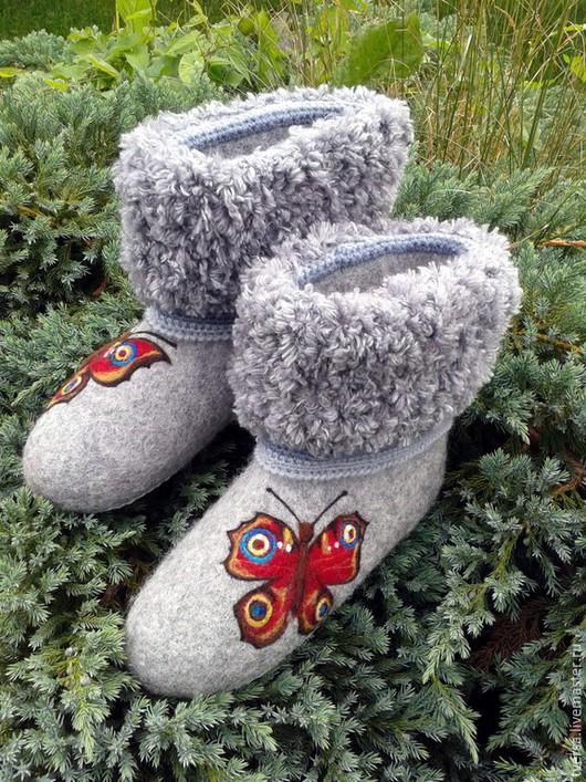Обувь ручной работы. Ярмарка Мастеров - ручная работа. Купить Валенки для дома БАБОЧКИ. Handmade. Валенки, обувь валяная, чуни