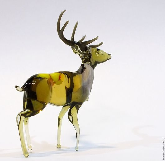 Toy Miniatures handmade. Livemaster - handmade. Buy Decorative figurine made of colored glass Reindeer Lenin from Zavidovo.