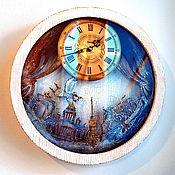 Для дома и интерьера handmade. Livemaster - original item Fabulous Petersburg wooden wall clock with a pendulum. Handmade.