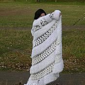 Одежда ручной работы. Ярмарка Мастеров - ручная работа пальто ажурное крючком ШИКАРНОЕ. Handmade.