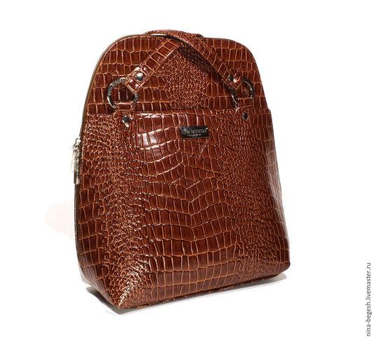 """Рюкзаки ручной работы. Ярмарка Мастеров - ручная работа. Купить Сумка-рюкзак из кожи """"Пьяный крокодил"""", коньячный. Handmade. Сумка"""