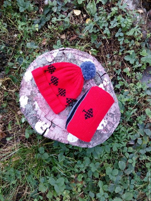 Шапки ручной работы. Ярмарка Мастеров - ручная работа. Купить Шапка и шарф для похода по лесу. Handmade. Рисунок, красный цвет