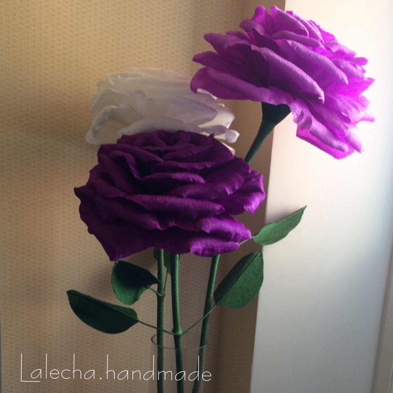 Крупные цветы из гофрированной бумаги
